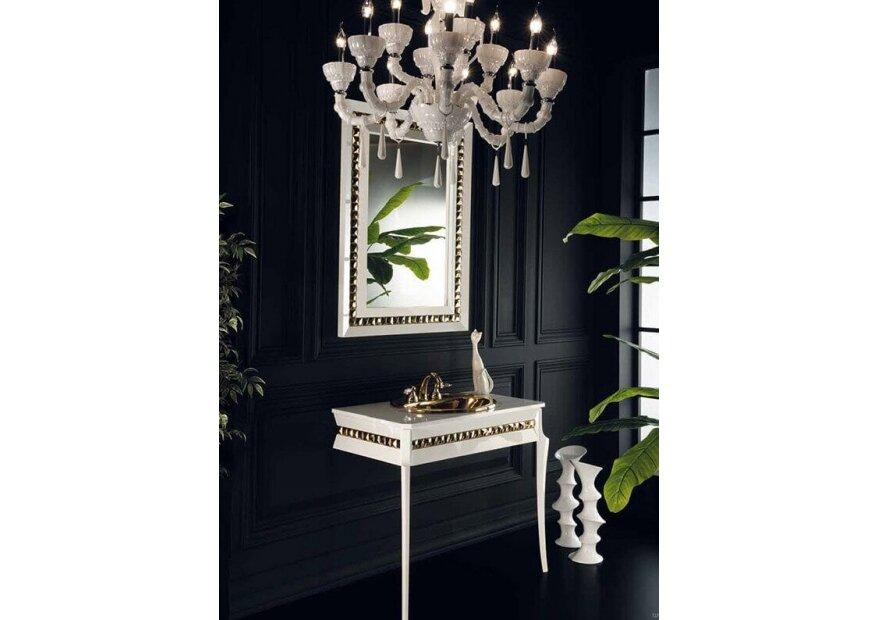 ארון  אמבטיה בצבע לבן