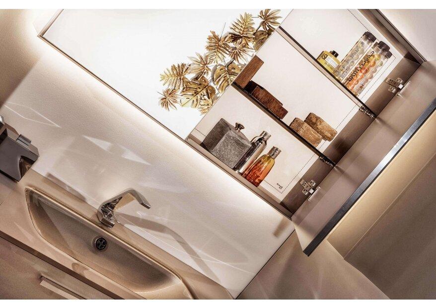 ארון אמבטיה מזכוכית  ACQUA FLAT