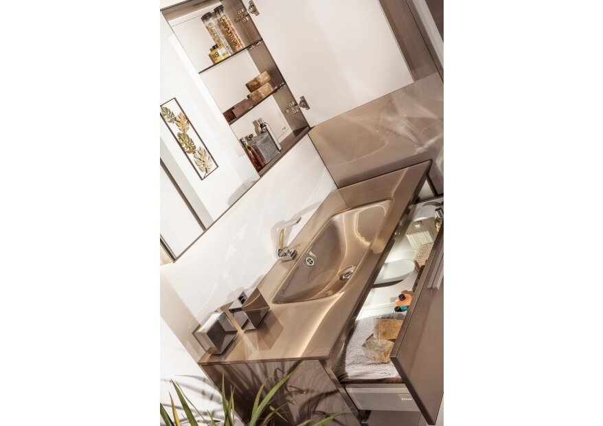 ארון אמבטיה מזכוכית ACQUA