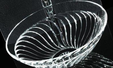 כיור זכוכית לאמבטיה