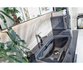ארונות אמבטיה יוקרתיים מאלומיניום ACQUA FLAT